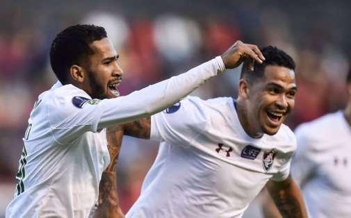 El equipo ecuatoriano perdió 2-0 ante el brasileño y complica su clasificación. Foto: RODRIGO BUENDIA / AFP