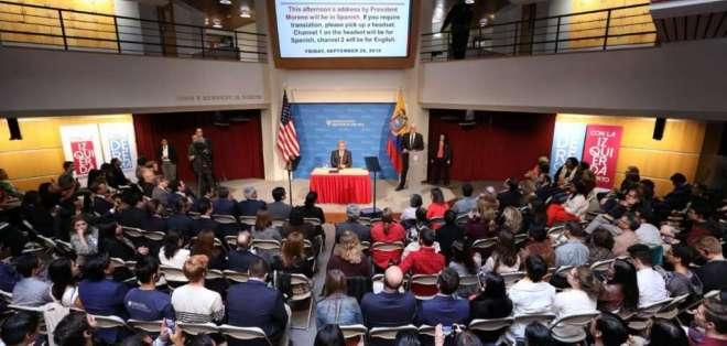 BOSTON, EE.UU.- Moreno en la Universidad de Harvard. Foto: Twitter Presidencia.