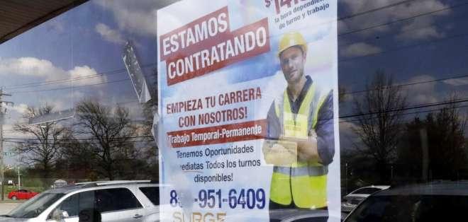 90 mil personas con título de tercero y cuarto nivel no tienen trabajo en Ecuador. Foto: AP - Referencial