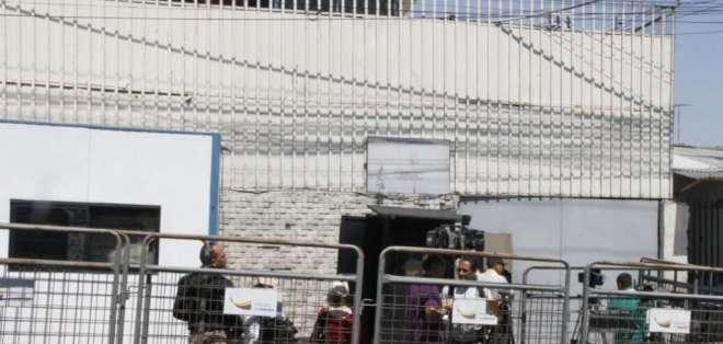 QUITO, Ecuador.- Glas tenía seguridad del Servicio de Protección Presidencial en la cárcel y recibe $4.000 mensuales. Foto: API