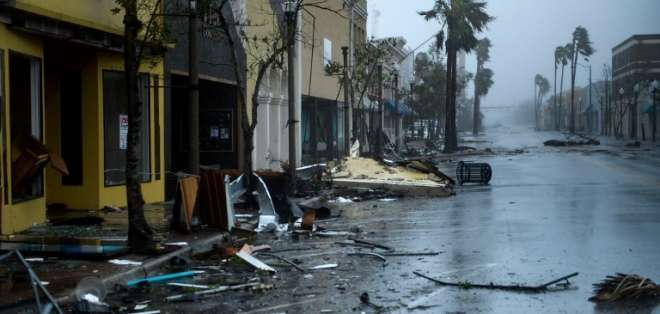 Michael se degrada a tormenta tropical y deja dos muertos. Foto: AFP