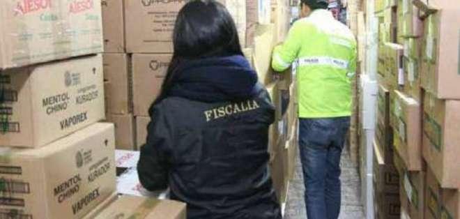 En el operativo se encontraron antigripales como Nimesulid, Terramicina y Lemon Flú. Foto: Fiscalía Ecuador.