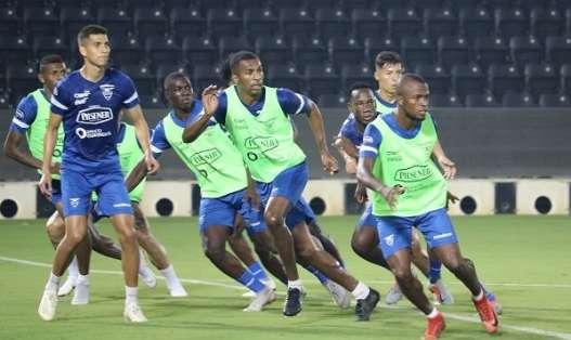 La selección ecuatoriana reconoció el estadio Jassim Bin Hamad. Foto: Tomada de @FEFecuador