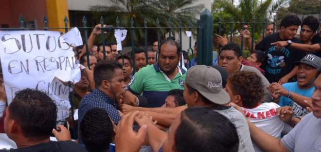 Pugna por cargo de rector en Universidad de Guayaquil continúa. Foto: API