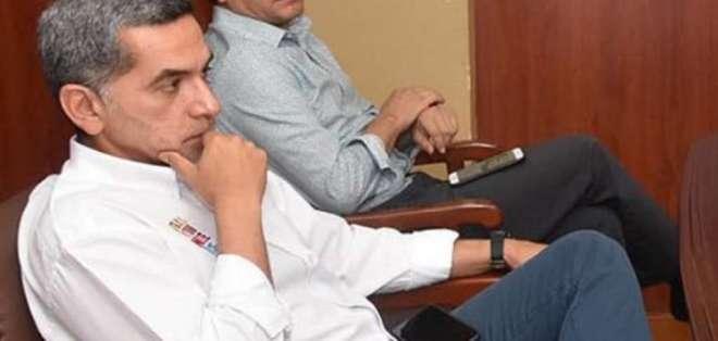 ECUADOR.- Pablo Yánez (d), hombre de confianza del extitular de la Secom, pide ser testigo protegido. Foto: Archivo