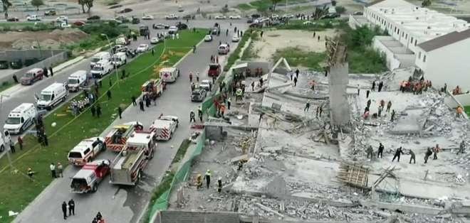 Derrumbe deja al menos 7 muertos en Monterrey Foto: Milenio.com