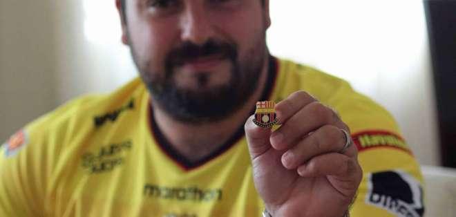 El guayaquileño de 29 años de edad es un fanático loco y ferviente del Ídolo. Foto: ecuavisa.com