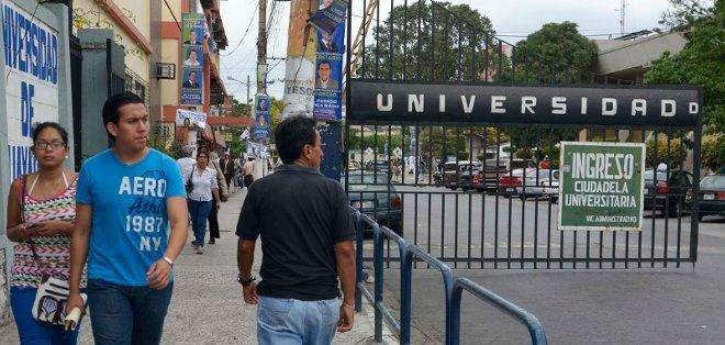 Miembro del Consejo Universitario revela que concejal intentó comprar su voto. Foto: Archivo