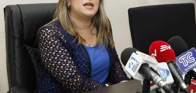 QUITO, Ecuador.- Martha Moncayo, gerente de Medios Públicos, informó a la prensa sobre la visita de Alvarado. Foto: API.