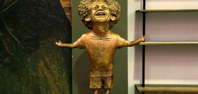 SHARM EL-SHEIJ, Egipto.- La escultura fue desvelada con motivo de un foro sobre jóvenes. Foto: AFP