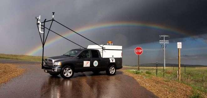 """La mesonet móvil es uno de los vehículos que utilizan los investigadores del proyecto """"Relámpago"""". Foto: @RELAMPAGOEDU"""