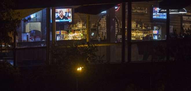 """El sospechoso fue encontrado muerto en la escena: """"Creemos que se disparó"""". Foto: AFP"""