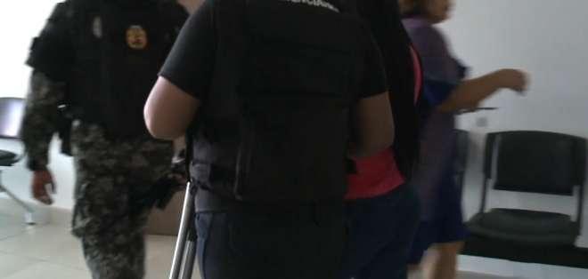 La diligencia se desarrolló en medio de un fuerte operativo de seguridad. Foto: Captura Video.