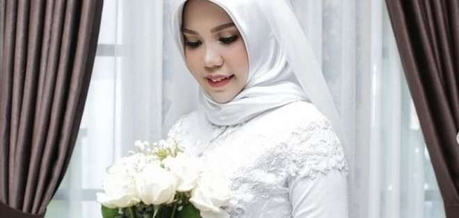 Intan Syari afirma estar cumpliendo el último deseo de su prometido. Foto: INSTAGRAM/INTANSYARIII