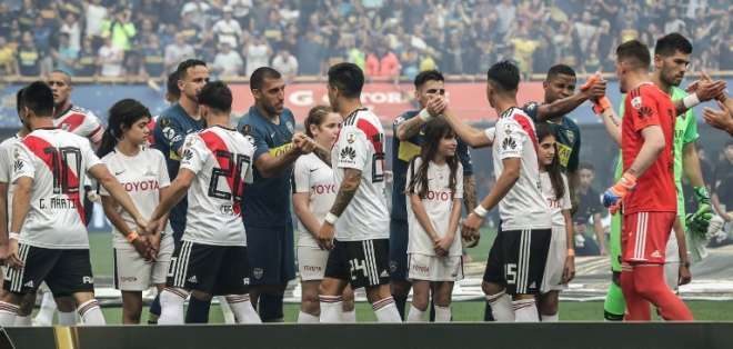 El delantero argentino no se recuperó de la lesión que padecía. Foto: ALEJANDRO PAGNI / AFP