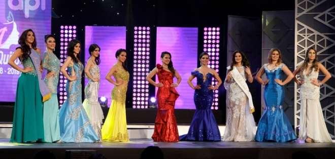 QUITO, Ecuador.- Diez candidatas disputaron por la corona. Foto: API