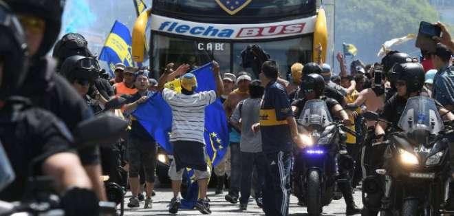 BUENOS AIRES, Argentina.- Existen futbolistas heridos. Foto: AFP