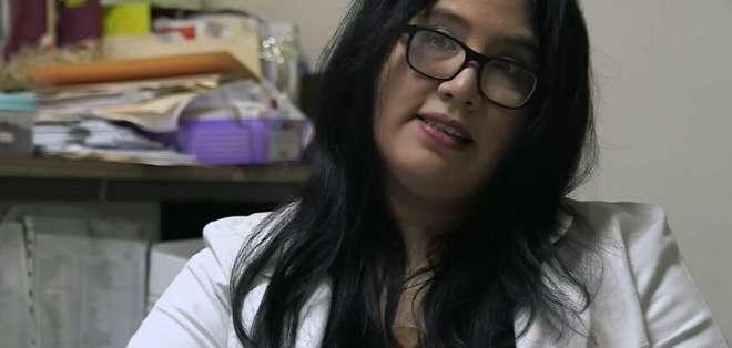 La doctora Zulma Méndez lleva 15 años como jefa de la unidad de VIH/sida del Hospital San Rafael, en El Salvador.