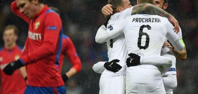Ambos equipos pasaron sin jugar su partido tras la victoria Viktoria Pilsen sobre el CSKA.. Foto: Kirill KUDRYAVTSEV / AFP