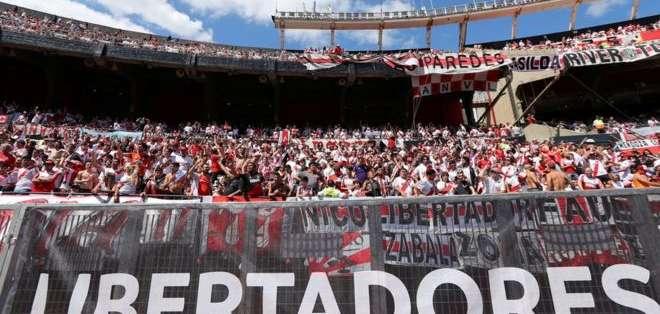 En Argentina ha causado indignación el traslado de la sede de la final de la Copa Libertadores de América a Europa.