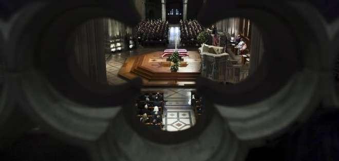 El 41° presidente de EEUU será enterrado detrás de la Biblioteca Presidencial George Bush, junto a su esposa. Foto: AFP