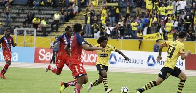Los 'amarillos' quedaron 0-0 con los 'puros criollos' en el estadio Olímpico Atahualpa. Foto: API