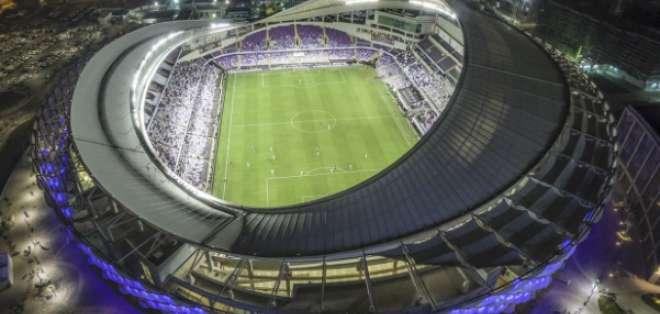 AL AIN, Emiratos Árabes Unidos.- El Hazza Bin Zayed es el estadio que albergará el partido inaugural de este torneo. Foto: Goal