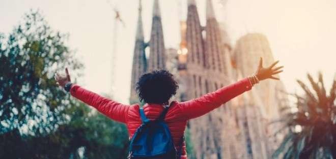 Ya sea a Rio de Janeiro, a Machu Picchu, en Perú, o a ver el Teatro Colón, en Argentina, viajar tiene beneficios para la salud.