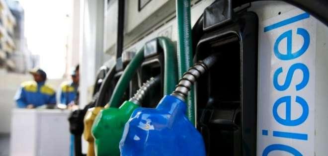 El próximo año subirá el precio de diésel de $2.30 a $2.40. Foto: Referencial