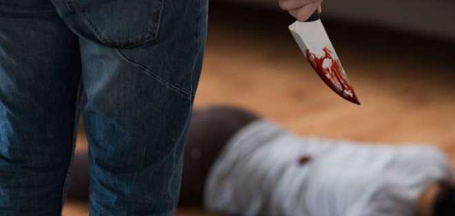 Mujer fue asesinada delante de sus hijos en Manabí. Foto: Referencial