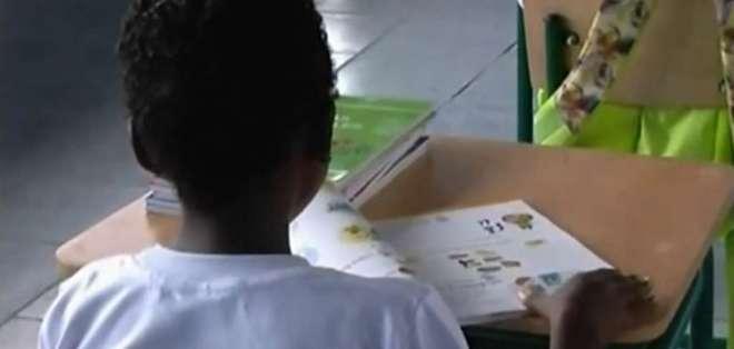 Refugiados en Ecuador tendrán facilidades para acceder a los centros educativos. Foto: Captura.