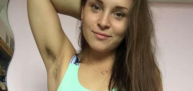 Laura Jackson quiere que las mujeres aprecien su vello corporal.