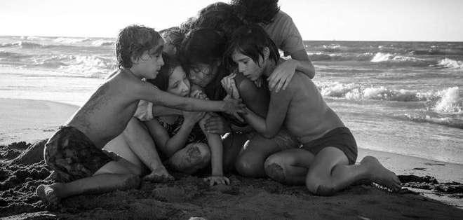 """""""Roma"""", del mexicano Alfonso Cuarón, aspira a tres Globos de Oro este domingo en Los Ángeles."""