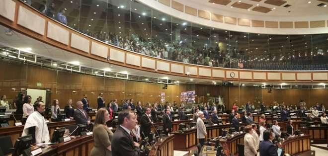 ECUADOR.- La titular del Legislativo anticipó lo que se planteará en pleno sobre inmunidades de exasambleístas. Foto: Asamblea