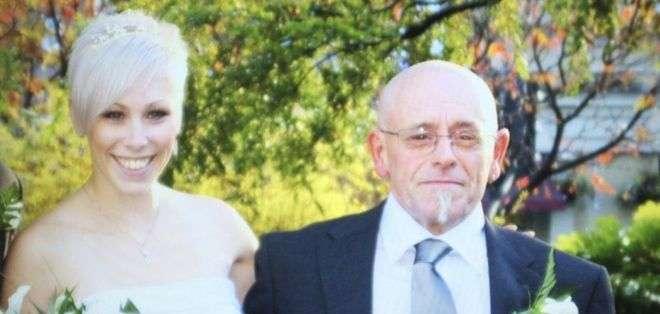 Lesley adoraba a su padre.