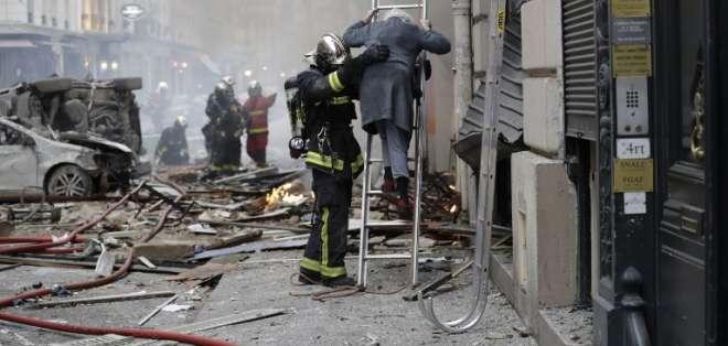 Dos muertos y casi 50 heridos en explosión en París. Foto: AFP