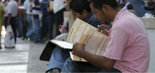 ECUADOR.- Según el INEC, el desempleo se redujo de 4,6% a 3,7% entre diciembre de 2017 y 2018. Foto: Archivo