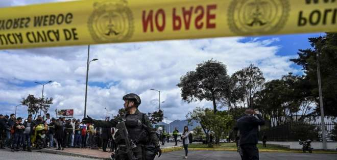 Confirman que el atentado en Bogotá que dejó 21 muertos fue perpetrado por el ELN. Foto: AFP