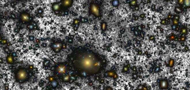 """La nueva tecnología permitió hacer visible lo que antes era invisible. """"Estamos viendo galaxias que son muy antiguas."""