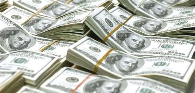 ECUADOR.- Los bonos fueron colocados en el mercado internacional a 10 años plazo con el 10,75% de interés. Foto: Archivo