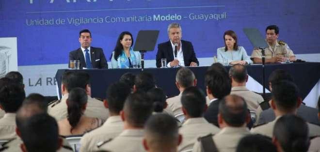 """""""Como es un trabajo diferente necesitamos una ley especial"""", dice comandante de PPNN. Foto: Comunicación Ec"""