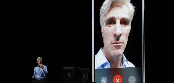 Vicepresidente de Software Engineering de Apple, Craig Federighi, hablando sobre FaceTime de grupo. Foto: AP.