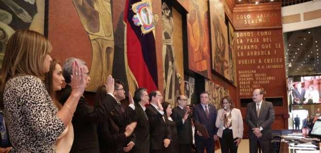 Los nuevos magistrados del organismo que fueron designados por una Comisión Calificadora. Foto: Elizabeth Cabezas