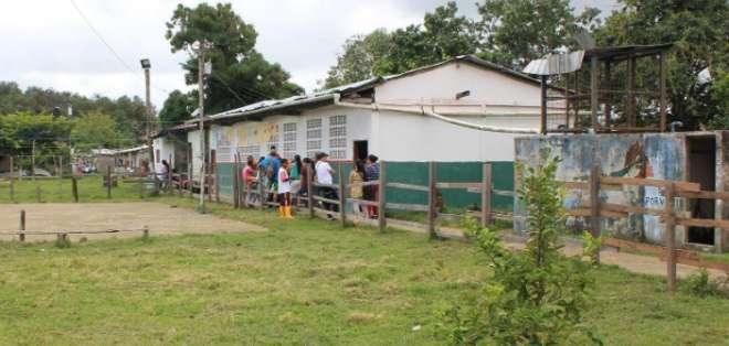 Infraestructura de escuelas rurales en mal estado en Guayas. Foto: REFERENCIAL