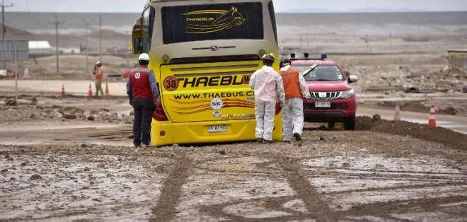 Fuertes lluvias suman damnificados en el desértico norte chileno. Foto: AFP