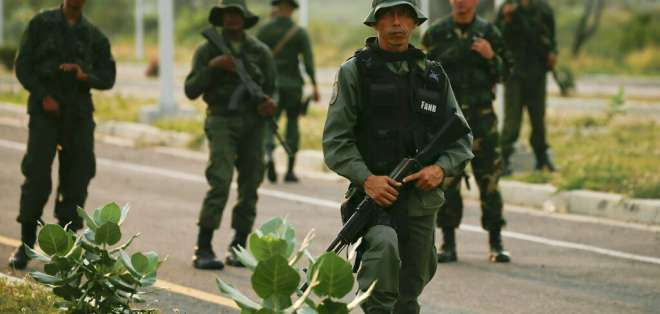 Otro alto oficial militar desconoce a Maduro y respalda a Guaidó en Venezuela. Foto: Referencial - AP
