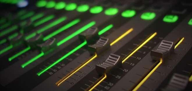 Arcotel revirtió 5 frecuencias de los grupos Yunda y Andrade. Foto: Archivo - Referencial
