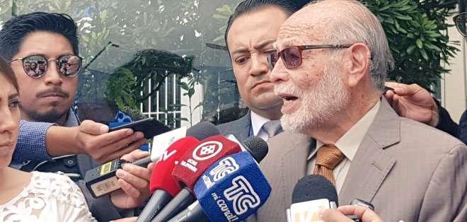 QUITO, Ecuador.- En la denuncia, Julio César Trujillo pide también vincular a Jorge Glas y Carlos Pólit. Foto: Twitter