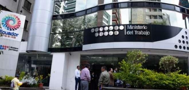 ECUADOR.- Hasta el 21 de febrero, 21 entidades deben remitir su plan de optimización laboral. Foto: Archivo