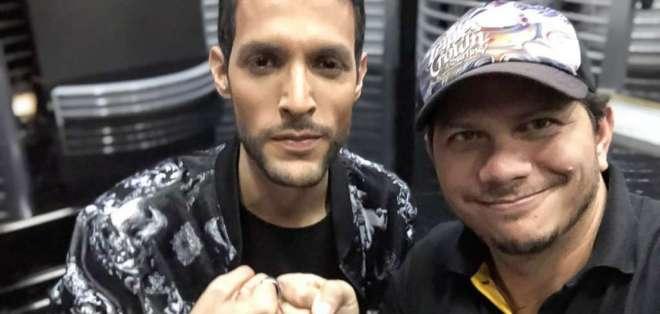 Lester Zavala y Sergio Vivar se juntaron para crear el tema para el show de reality Prueba de Amor, de Ecuavisa. Foto: Cortesía